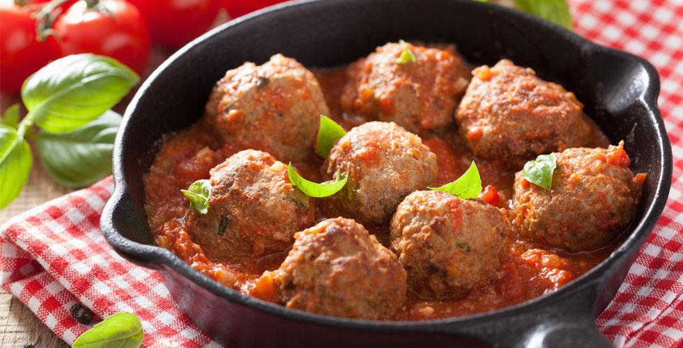 Sunnere kjøttboller med saus av tomater