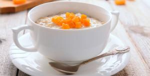 Overnight oats med aprikos
