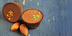 Sjokoladecups med nøtter